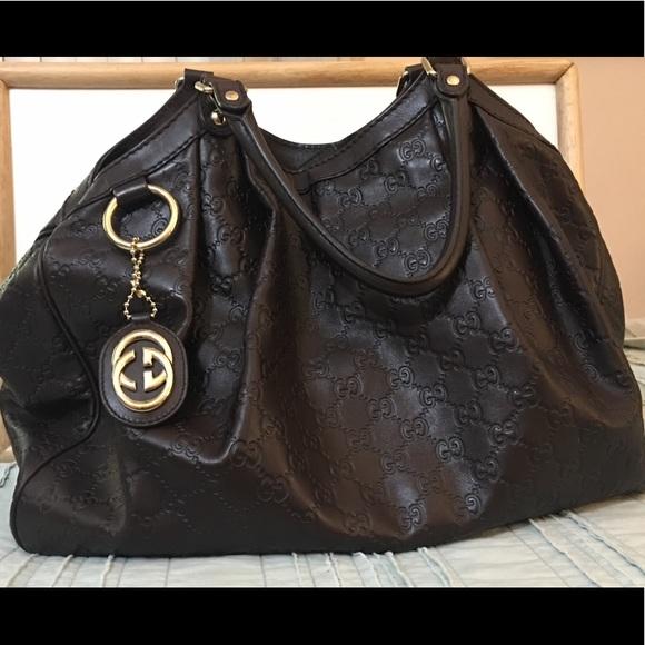 e51a81fd272c Gucci Handbags - GUCCI Guccissima Large Sukey Tote Chocolate